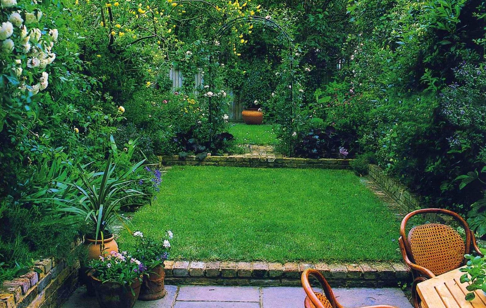 Как спланировать цветник на садовом участке