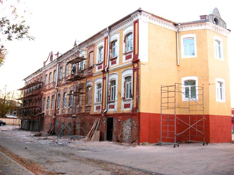 Ремонтные работы и реставрация фасада