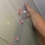 Укладка настенной плитки в ванной