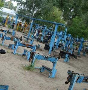 строительство спортплощадок