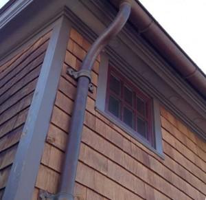 устройство водоотвода с крыши