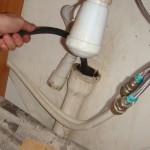 Засоры труб и прочистка канализации в Москве