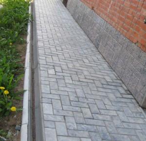 тротуарная плитка для отмостки дома