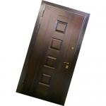 Металлические двери с деревянной отделкой