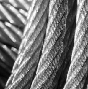 стальной трос для растяжки