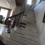 Лестница для двухуровневой квартиры
